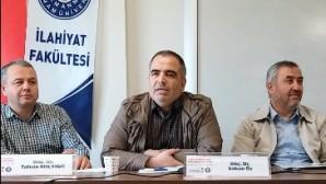 """Doç. Dr. Şaban Öz'ün """"Bir Siyasi Model Olarak Hz. Peygamber"""" başlıklı tebliğinin video kaydı Youtube kanalımız ve sitemize eklendi"""
