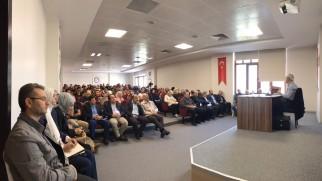 """Prof. Dr. Hayri Kırbaşoğlu'nun """"Tartışmaların Odağındaki İlim: HADİS"""" konferansı video kaydı sitemiz video galerisi ve Youtube kanalımızda"""